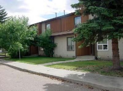 Brilliant Rentals Ca 9903 169 Avenue Northwest Edmonton Ab For Rent Download Free Architecture Designs Lukepmadebymaigaardcom