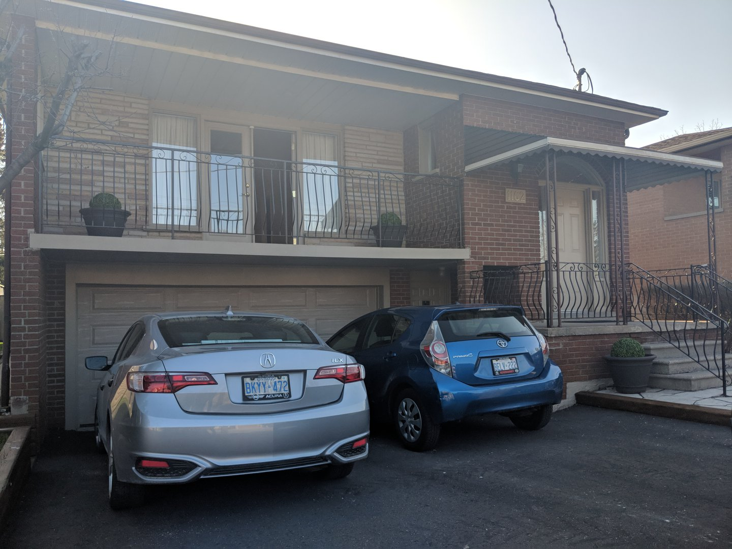 House for rent at 1162 Kipling Ave | Unit: upper, Etobicoke, ON. This is the garage.