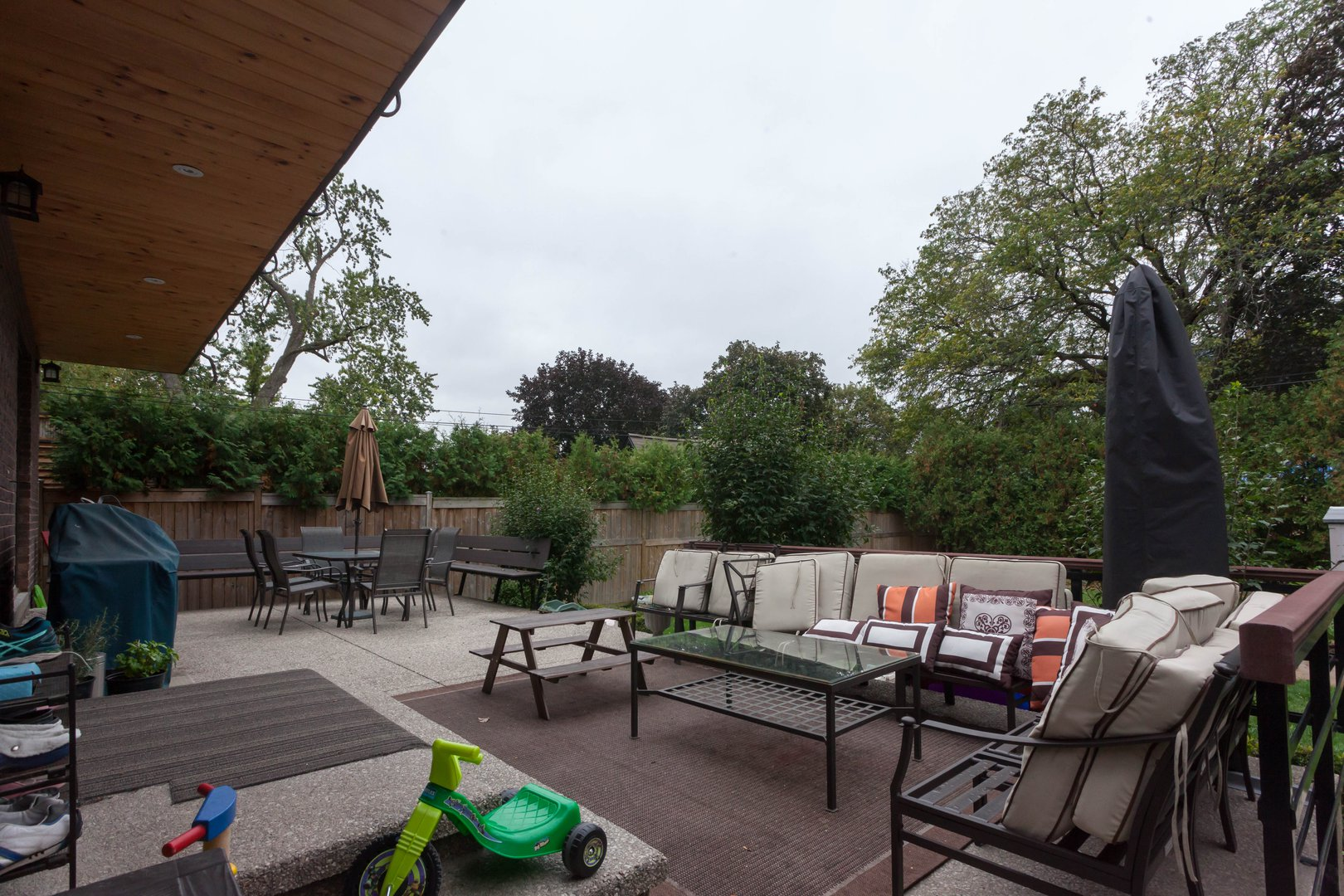 House for rent at 84 Laurel Avenue, Etobicoke, ON. This is the patio terrace with outdoor living space.