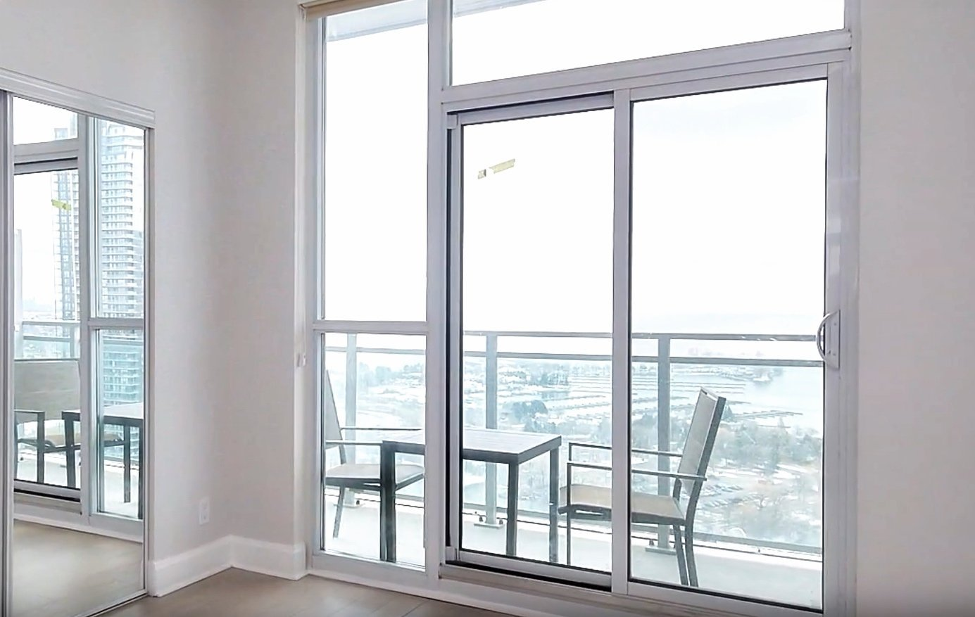 Cool Rentals Ca 33 Shore Breeze Drive Etobicoke On For Rent Interior Design Ideas Oxytryabchikinfo