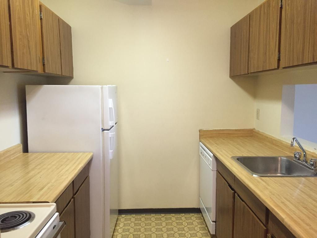 Bachelor for rent at 0303 96 Avenue, Fort St. John, BC.