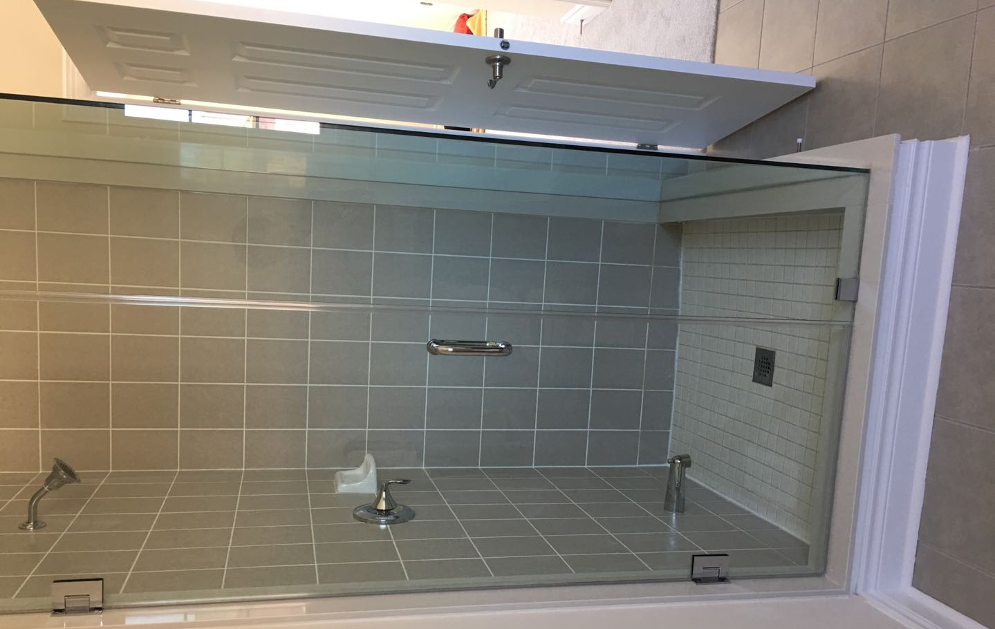 House for rent at 92 Morningside Dr, Halton Hills, ON. This is the bathroom.