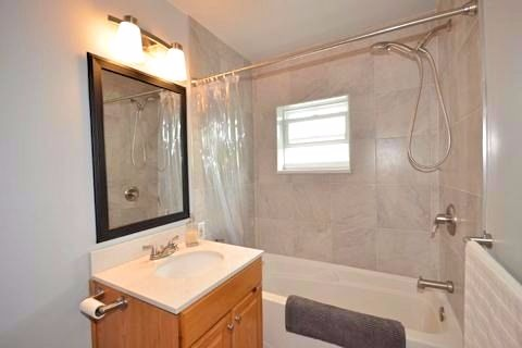 Apartment for rent at 17 Gladstone Ave, Hamilton, ON. This is the bathroom with natural light.