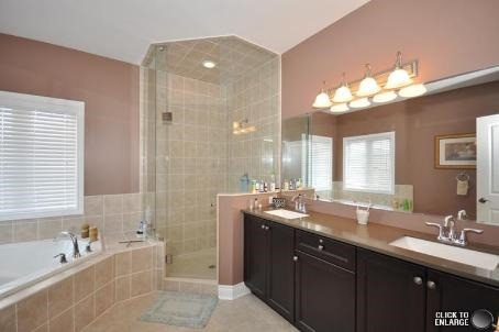 House for rent at 567 Valley Vista Dr, Innisfil, ON. This is the bathroom with natural light and tile floor.