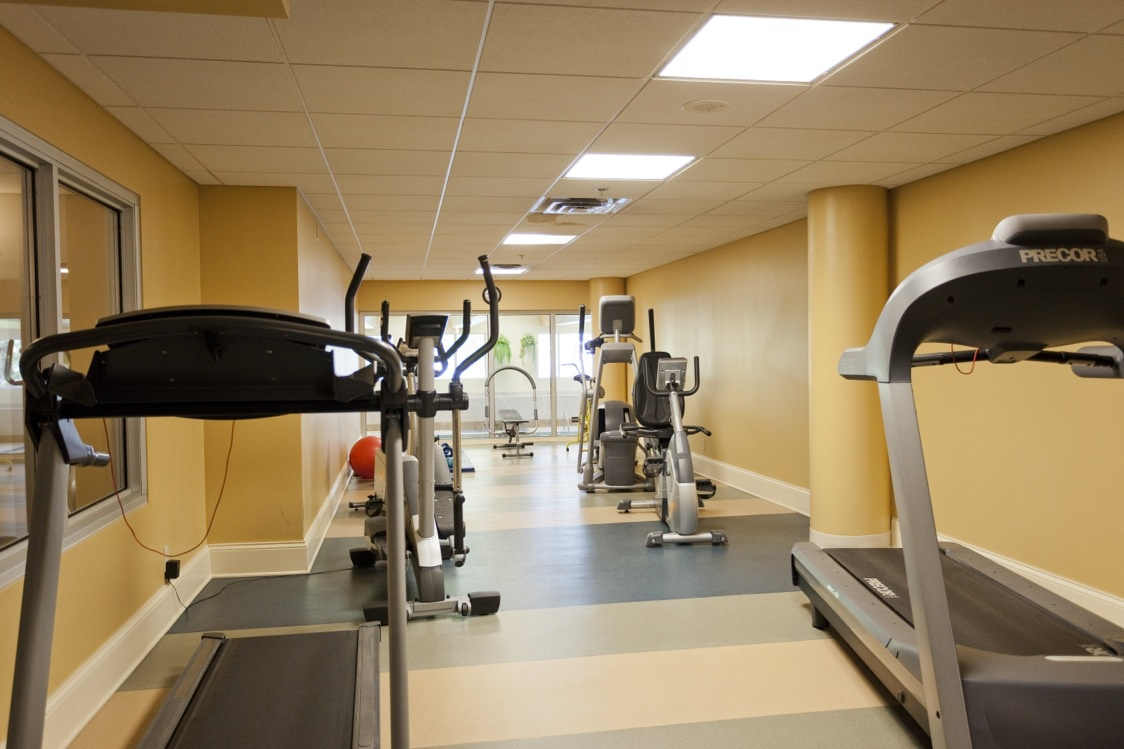 Not Sure for rent at 1 Place De La Belle-Rive, Laval, QC. This is the gym with natural light.