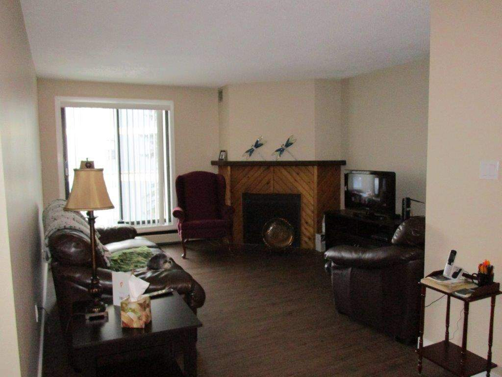 Mid-Rise-Apartment for rent at 3801  52nd Avenue, Lloydminster, AB.