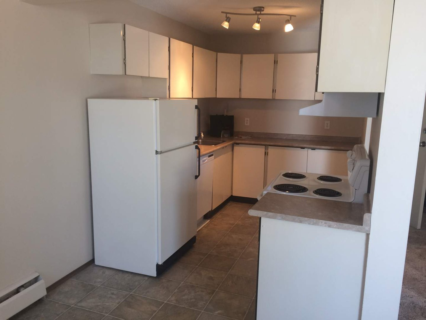 Mid-Rise-Apartment for rent at 5706  41st Street, Lloydminster, AB.