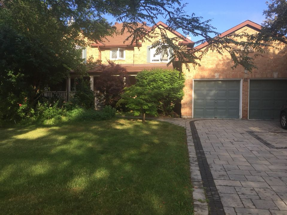 House for rent at 41 Ambleside Crescent, Markham, ON.