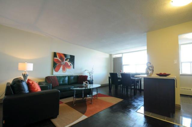 High-Rise-Apartment for rent at 120 Dundas Street East, Mississauga, ON.