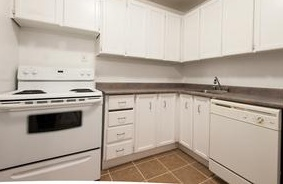 Apartment for rent at 2757 Battleford Rd, Mississauga, ON.