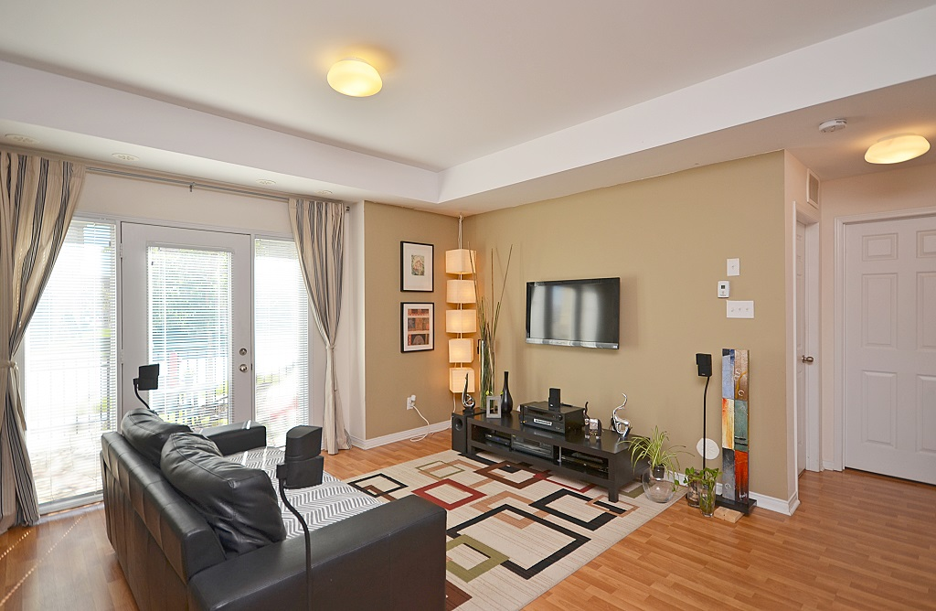 Apartment for rent at 3025 Destination Drive, Mississauga, ON.