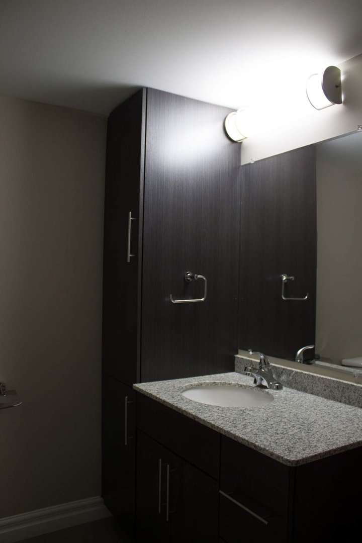 Mid-Rise-Apartment for rent at 747 Coverdale Road, Moncton, NB. This is the bathroom.