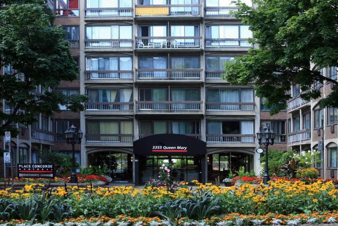 Mid-Rise-Apartment for rent at 3355, chemin Queen Mary, Montréal, QC. This is the outdoor building.