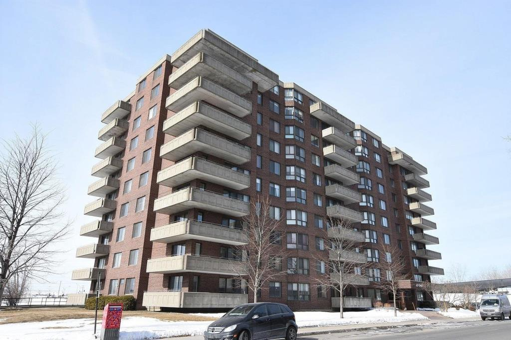 Apartment for rent at 1500 Rue Todd Apt. 102, Montréal, QC. This is the outdoor building.