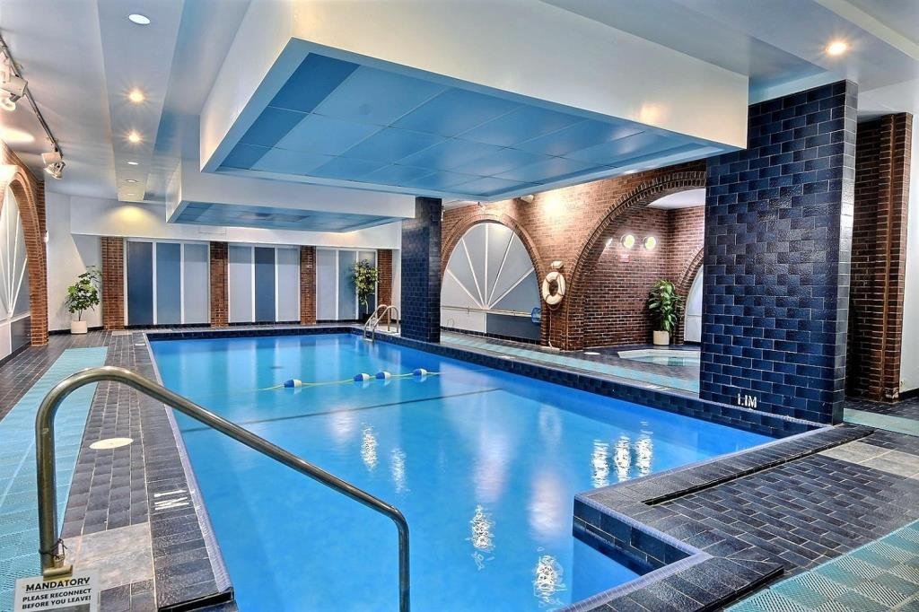 Apartment for rent at 1500 Rue Todd Apt. 102, Montréal, QC. This is the pool with pool.