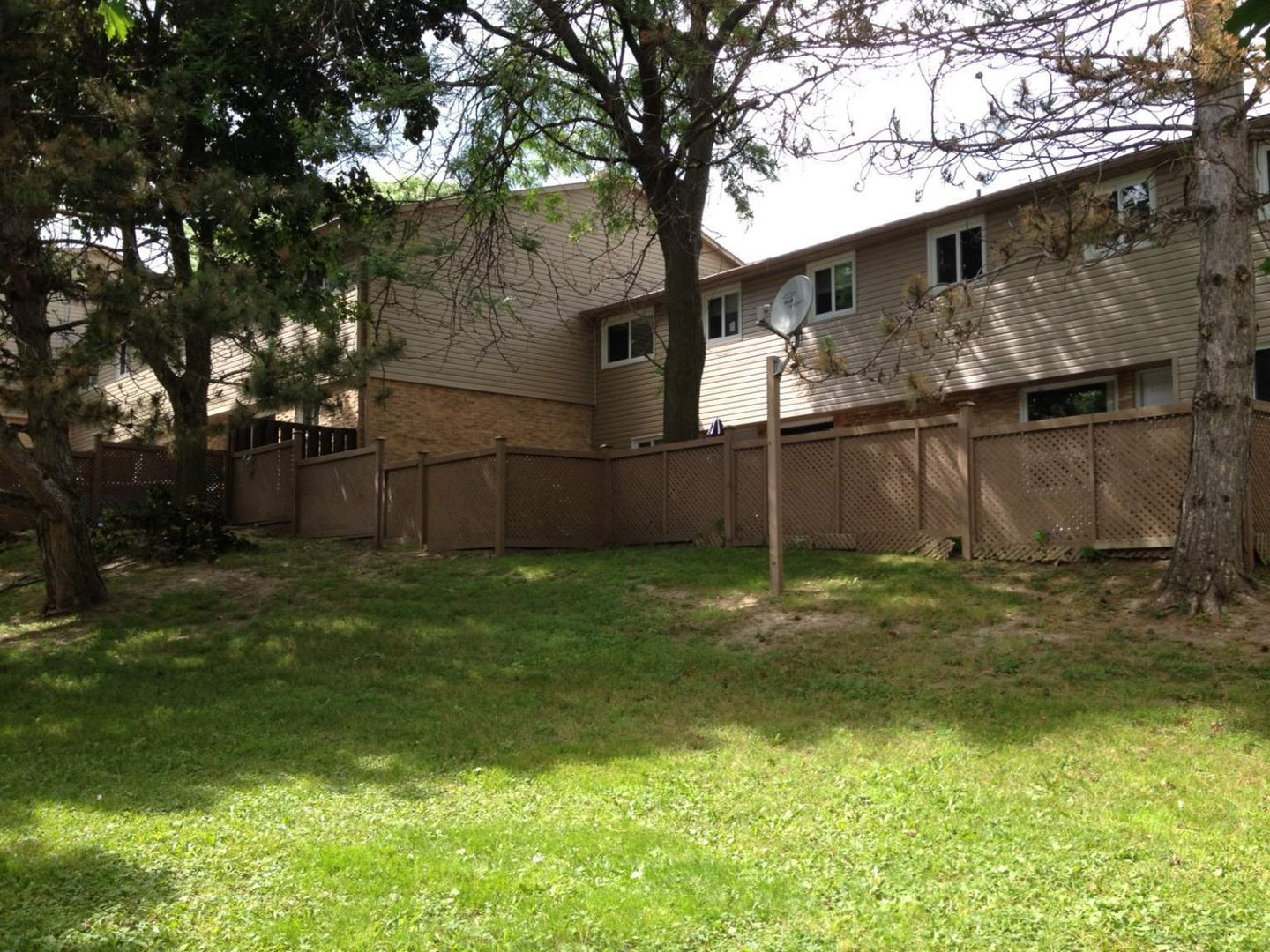 House for rent at 700 Parkhill Road West, Peterborough, ON.
