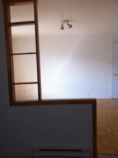 Studio for rent at 200 23e Rue, Québec City, QC.