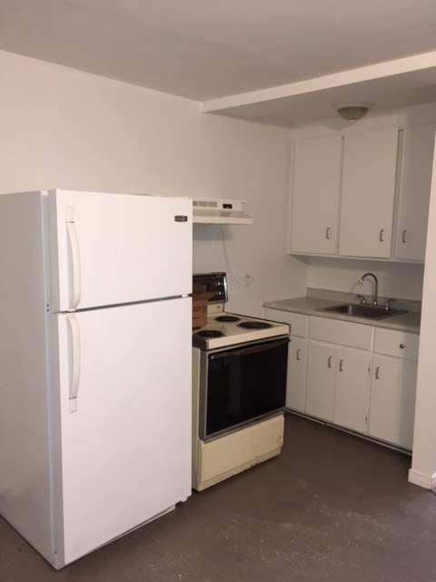 Apartment for rent at 2435 Chemin Sainte-Foy, Québec City, QC.