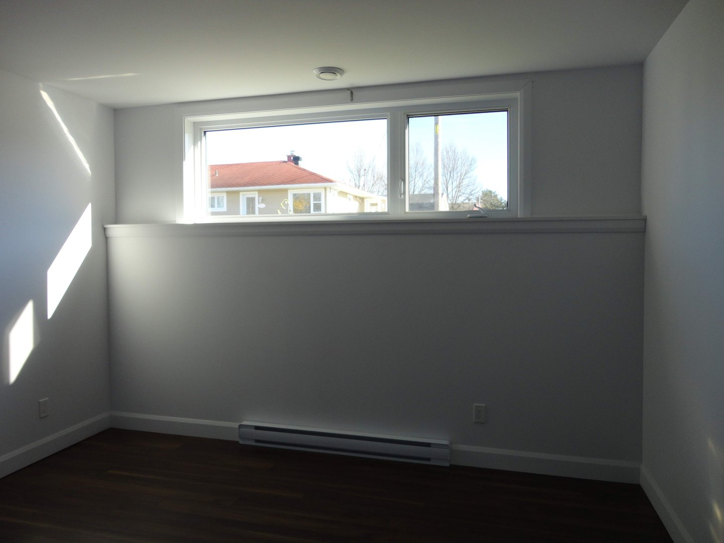 Studio for rent at 159 Rue Louis-Philippe-Roy, Québec City, QC.