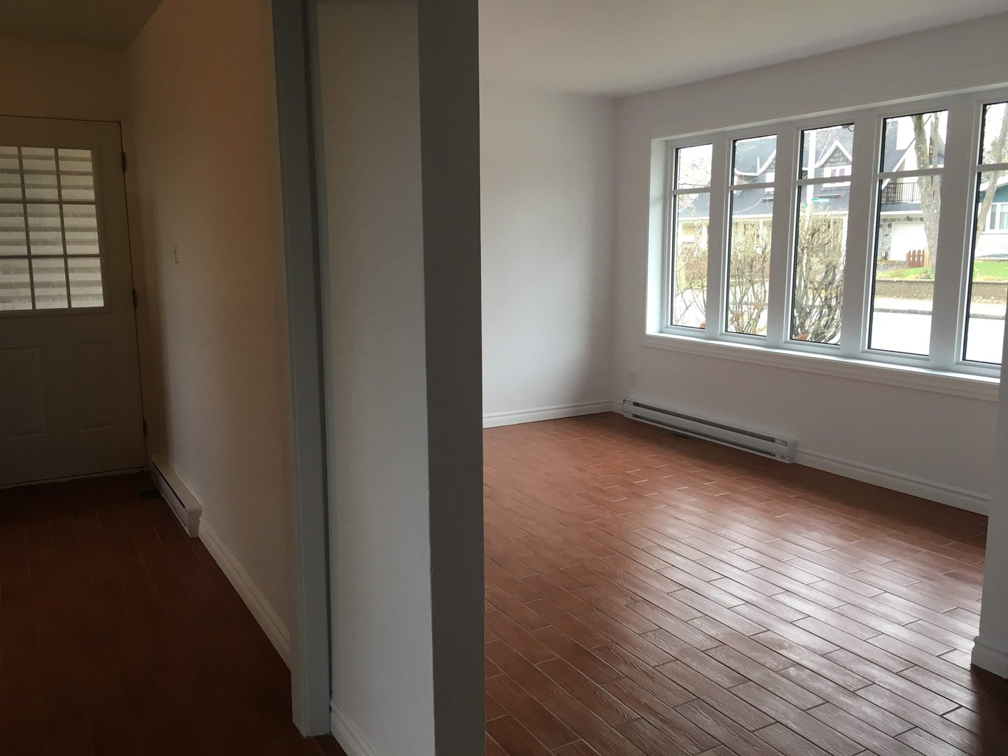 Apartment for rent at 2664 Chemin des Quatre-Bourgeois, Québec City, QC.