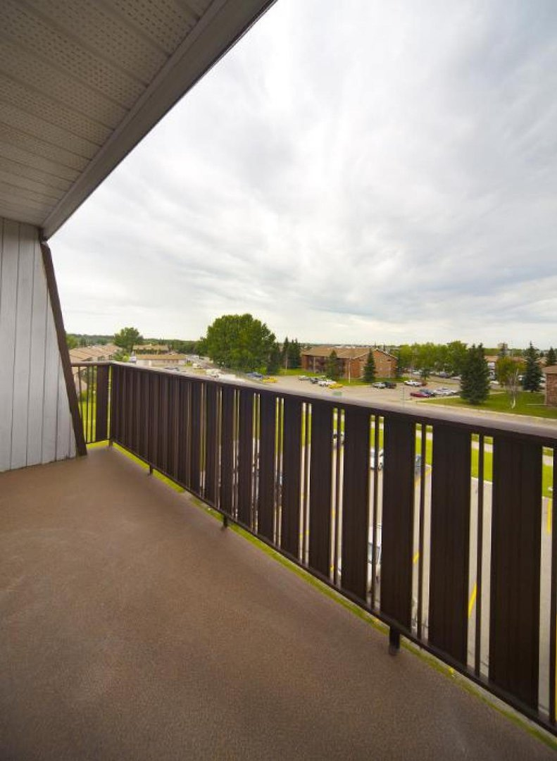 Low-Rise-Apartment for rent at 86 Bell Street, Red Deer, AB.