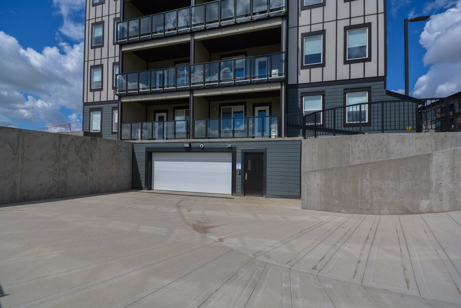 Low-Rise Apartment for rent at 1066 Dorothy Street, Regina, SK. Pines Edge II
