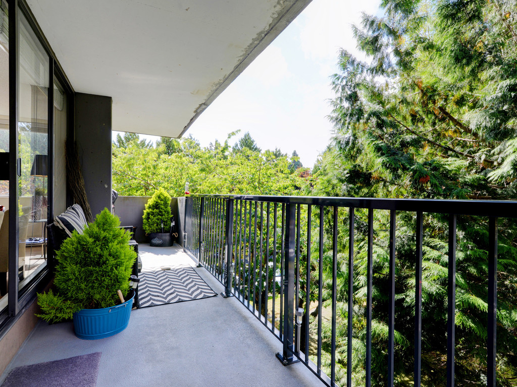Apartment for rent at 302-9320 Parksville Dr., Richmond, BC.