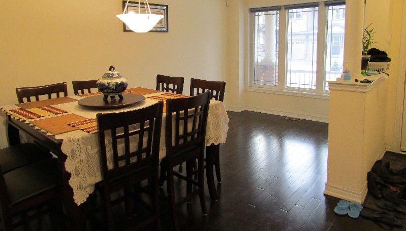 House for rent at 11160 Yonge St, Richmond Hill, ON.
