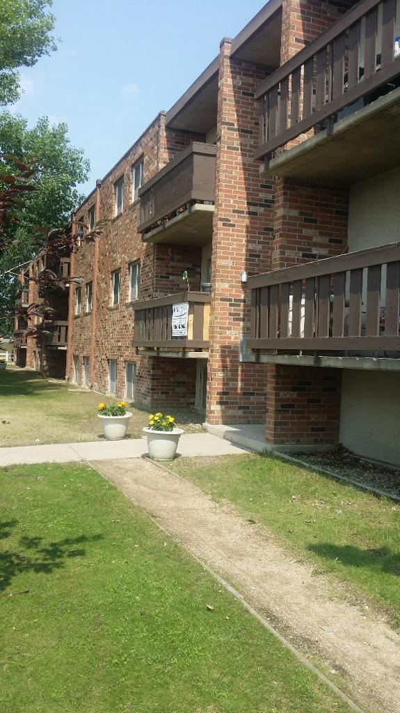 Apartment for rent at 3176 Laurier Drive, Saskatoon, SK.