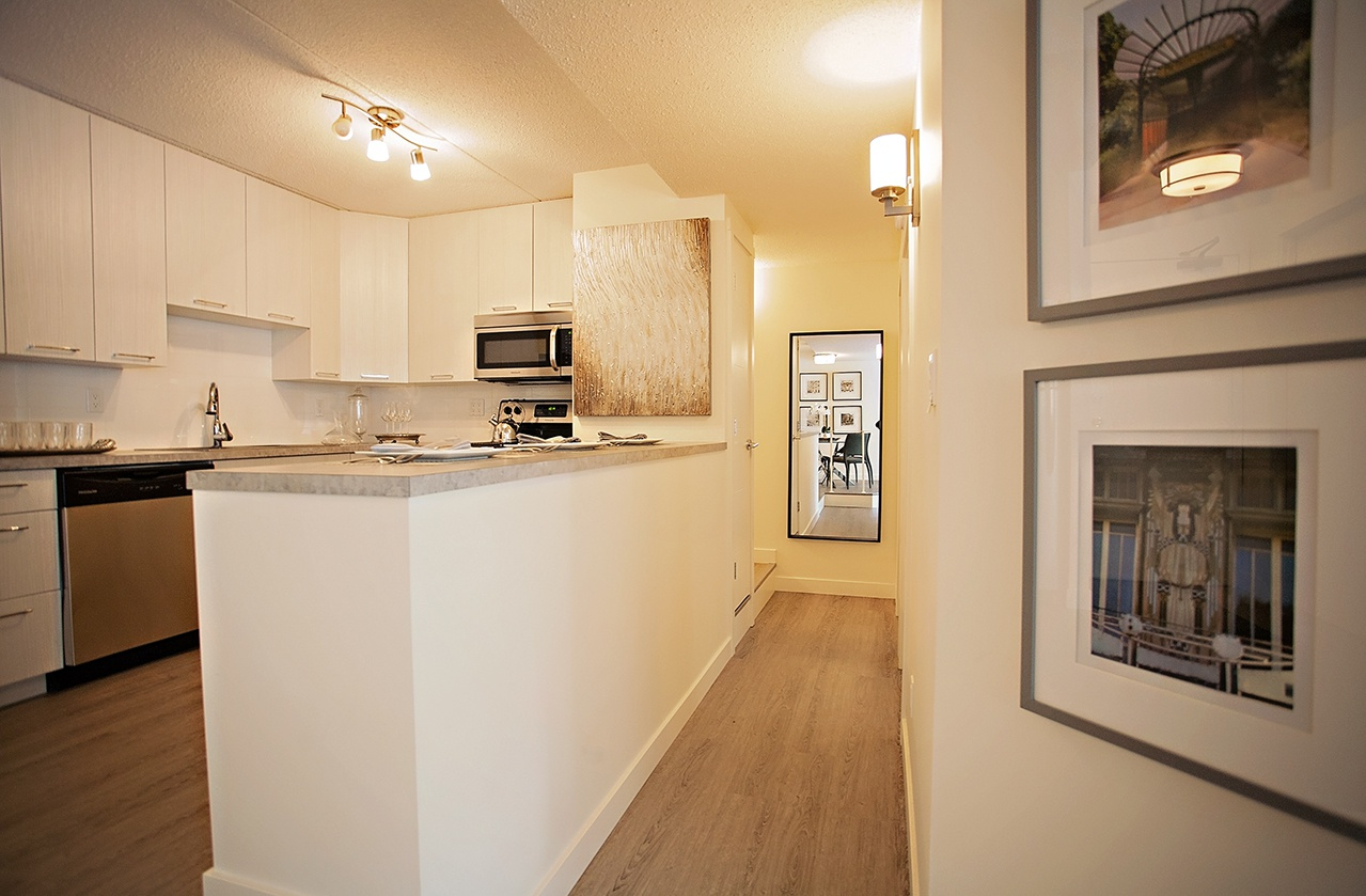 High-Rise Apartment for rent at 212 - 10 St. E, Saskatoon, SK. Penthouse Apartments