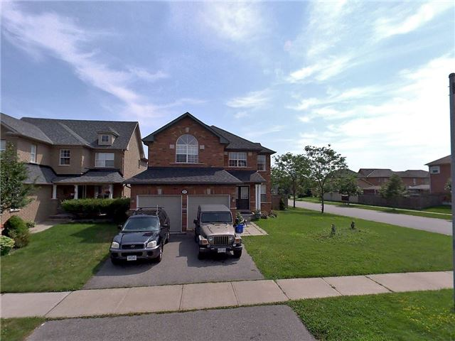 Apartment for rent at 11 Medland Ave, Whitby, ON in craftsman style. This is the front of the house with lawn.