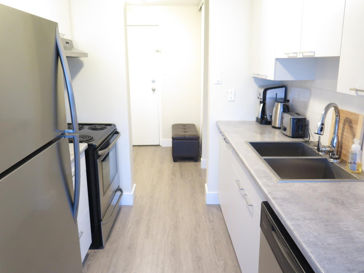 High rise apartment for rent at 30 westheights dr kitchener on
