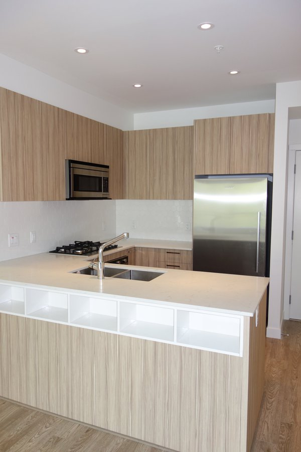 Rentals Ca 408 1061 Marine Drive North Vancouver Bc For Rent