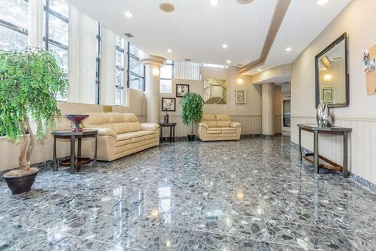 Awe Inspiring Rentals Ca Mississauga Apartments Condos And Houses For Rent Interior Design Ideas Apansoteloinfo